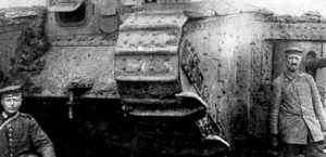 Article Header Image_0002_German_photo_with_English_Tank