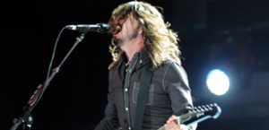 Foo Fighters album like 'diffusing a bomb'