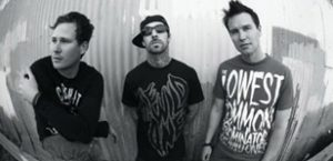 Blink-182 hold auction for Japan