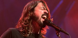 Grohl juggles work and family