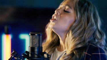 Jessica Mauboy covers 'Fall At Your Feet'