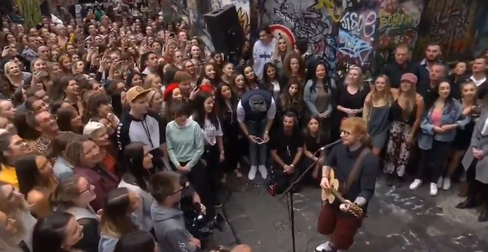 Watch Ed Sheeran Perform To Over 1,000 Fans In A Melbourne Laneway