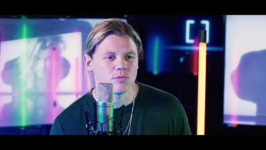 "Conrad Sewell on ""Healing Hands"""