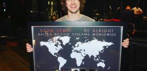 Dean Lewis Has Just Cracked Half A Billion Streams Globally With Hit Track