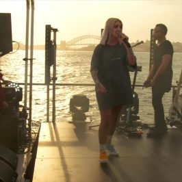 [V] Island Parties: Julia Michaels performs Anxiety