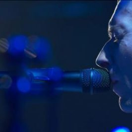 MAX Sessions: Coldplay Perform 'Paradise'