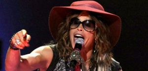 Steven Tyler performs in Paraguay after fall