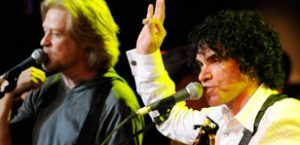 Hall And Oates To Tour Oz in 2012