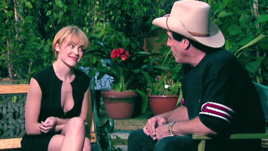 Kylie Minogue chats with Molly Meldrum – Part 1