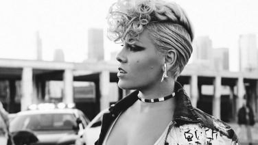 [UPDATE] P!nk Adds Even More Shows To 2018 Aussie Tour As Tix Go On Sale Today