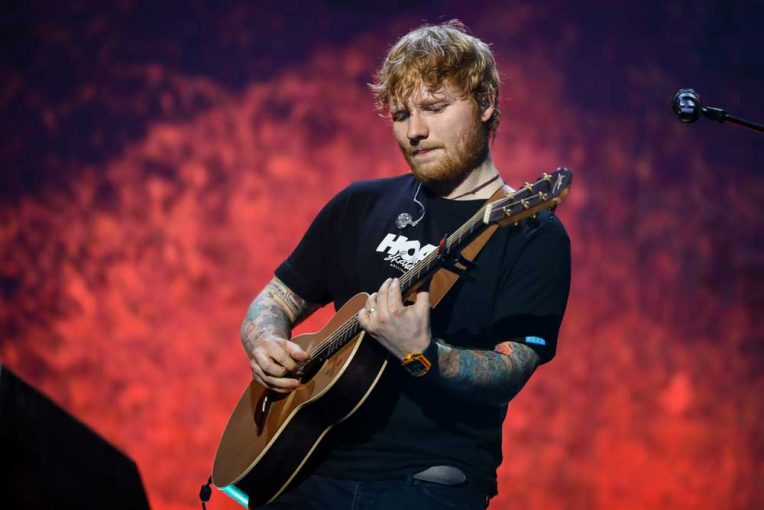 tips tricks for getting to from ed sheeran 39 s brisbane shows maxtv on foxtel. Black Bedroom Furniture Sets. Home Design Ideas