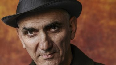 Paul Kelly Recruits Angus & Julia Stone, Alex Lahey & More For Christmas Shows
