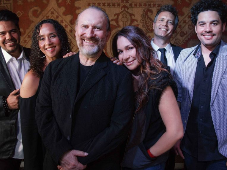 How Touring With With Ringo Starr Inspired Colin Hay To Announce New Men At Work Tour