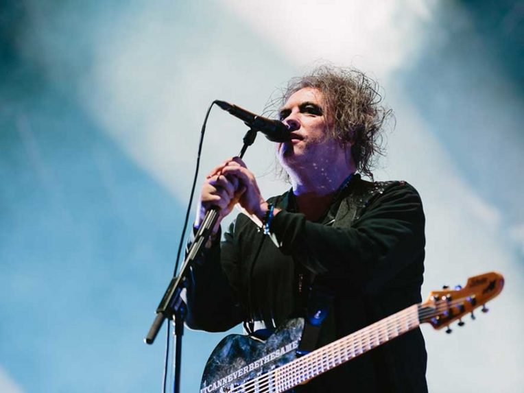 The Cure, Radiohead, Stevie Nicks & More To Be Inducted Into Rock & Roll Hall Of Fame