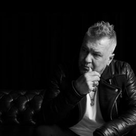 Studio MAX: Jimmy Barnes