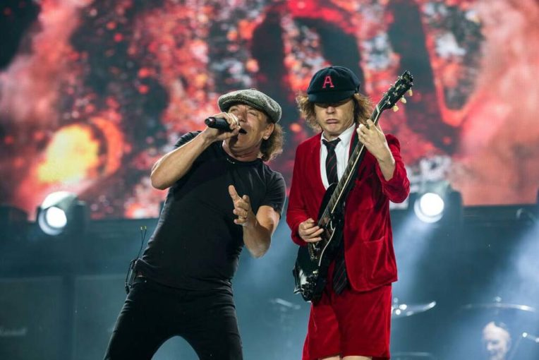 So There's A Petition Going To Get AC/DC To Perform At The Superbowl