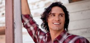 Joe Nichols to return in April for Oz tour