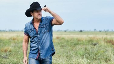 Lee Kernaghan To Receive Album Of The Year Gong At Golden Guitar Awards
