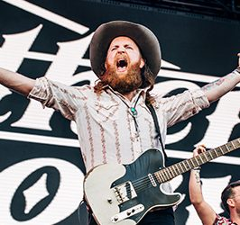 Brothers Osborne Live at CMC Rocks