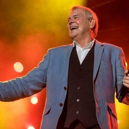 John Farnham To Headline Charity Concert For Aussie Farmers