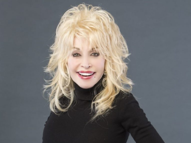 Dolly Parton's '9To 5' Musical Is Coming To Australia
