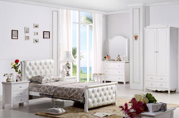 Sophia Bed Frame - White ( King-single out STOCK