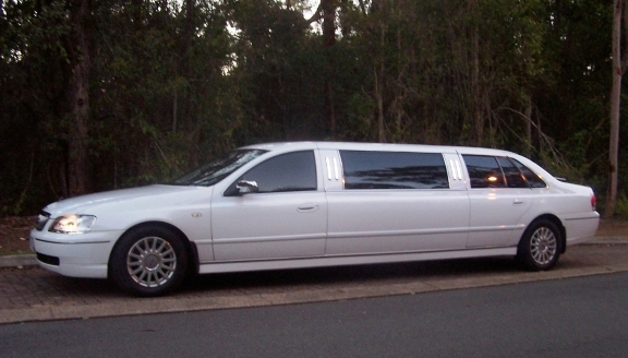 7 seat Stretch Limousines from $540.00