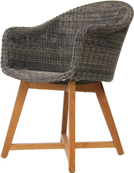 Skal arm chair