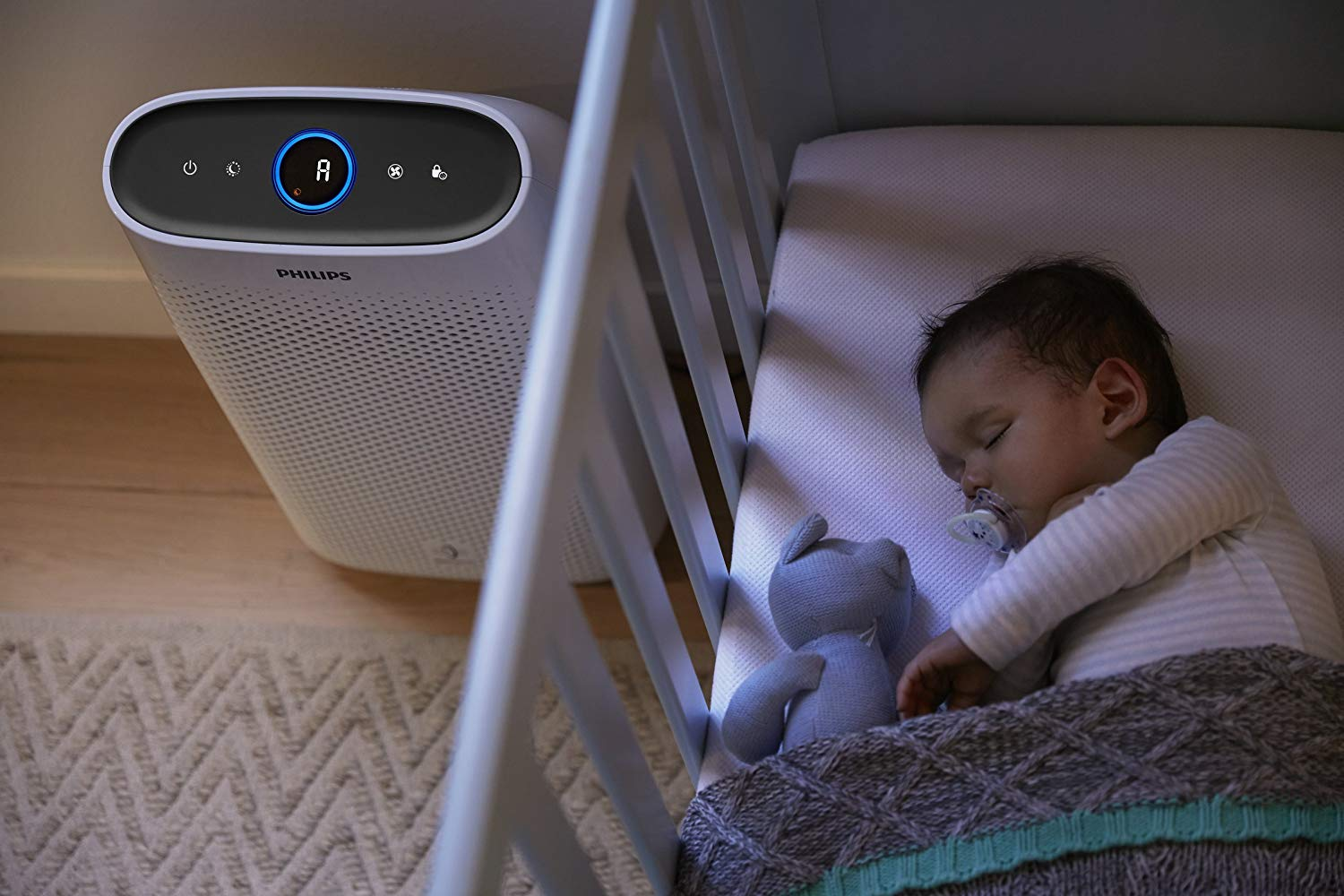 Philips Air Purifier Series 1000 with VitaShield IPS Technology and Night Sensing Mode, White, AC1215/70