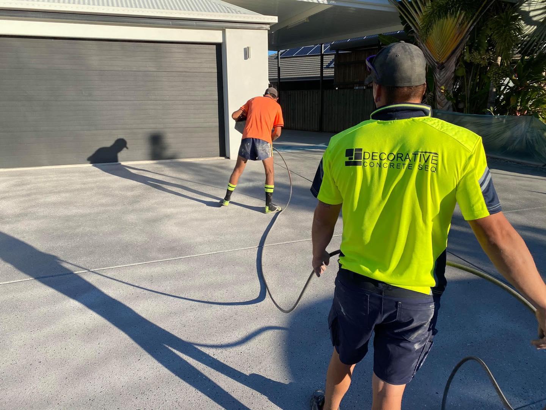 Fix Your Concrete Driveways with the Help of Decorative Concrete SEQ