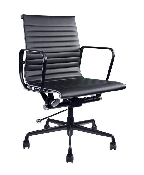 BRAVI Boardroom Chair