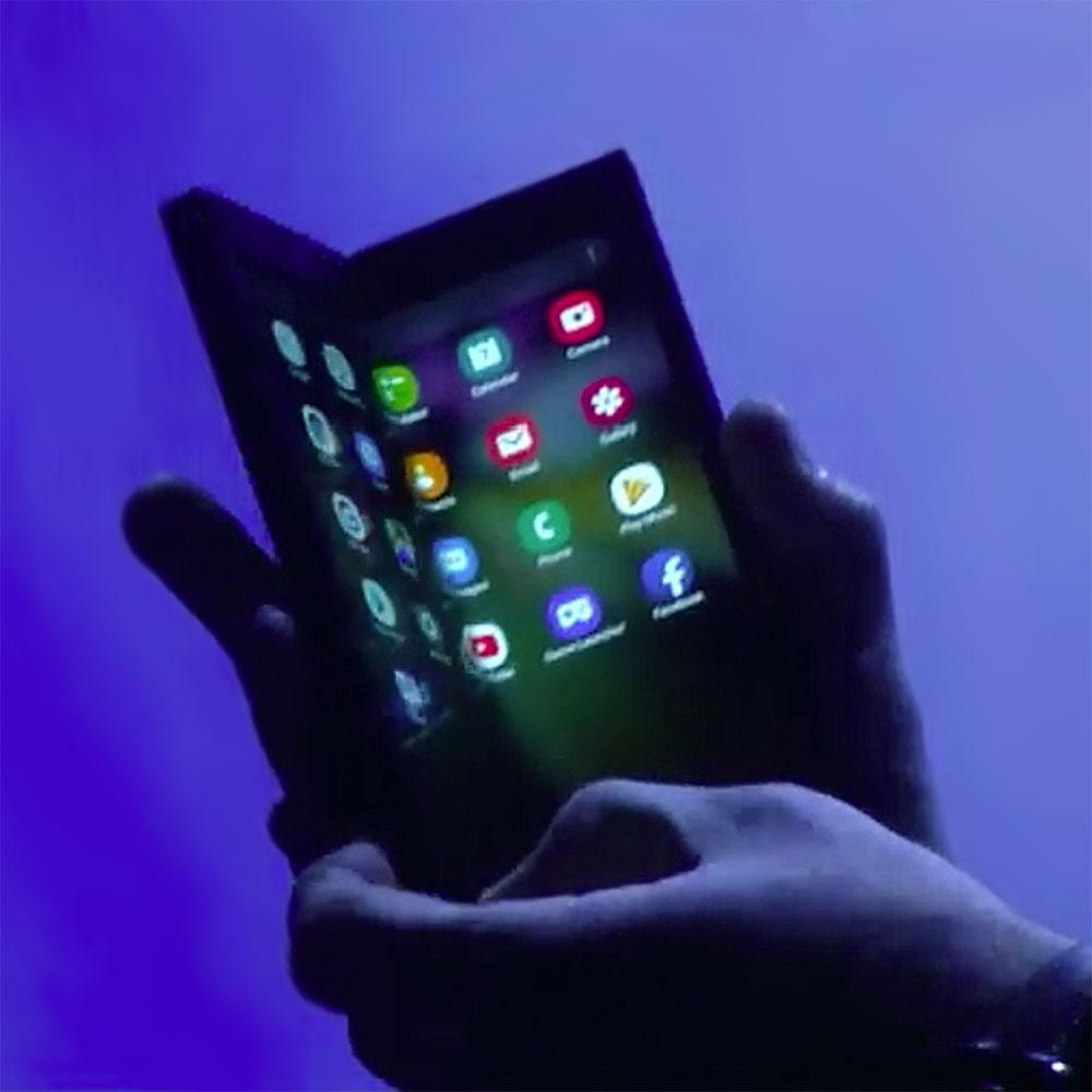 foldable phones will lead to foldable laptops geeks2u