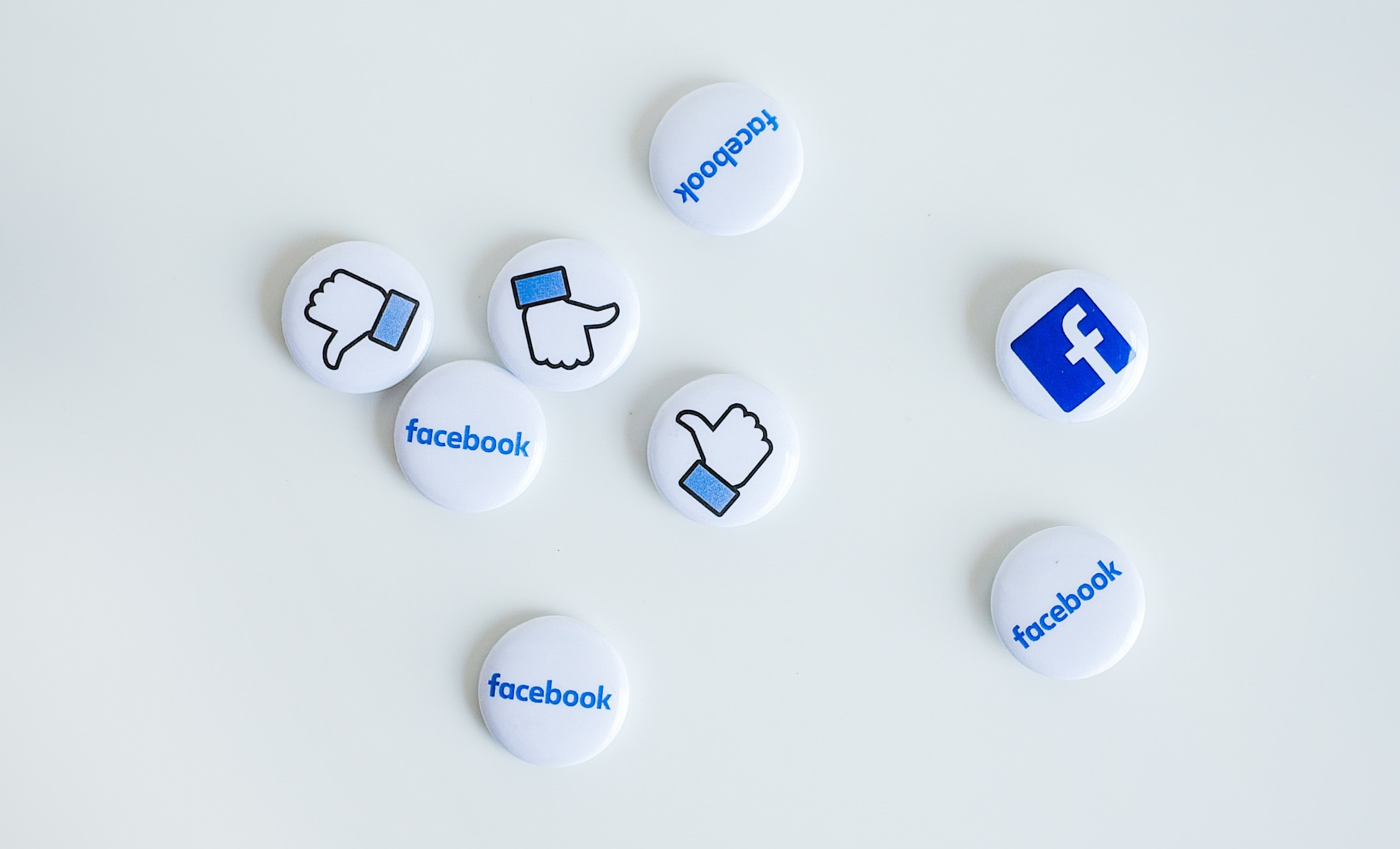 buttons with facebook icons