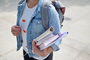 5 places to find cheaper textbooks