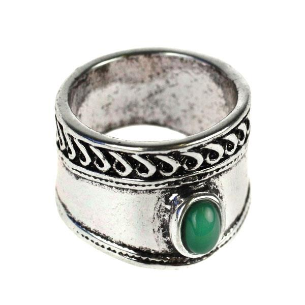 Catwalk Exclusive Emerald Gypsy Ring