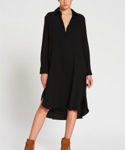 Boyfriend Shirt Dress in Black