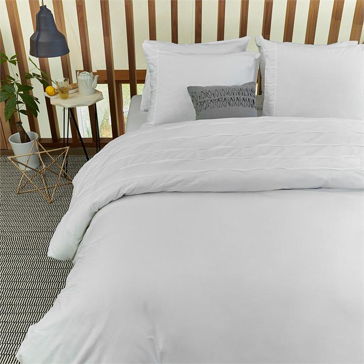 Campana Embroidered Cotton Quilt Cover Set