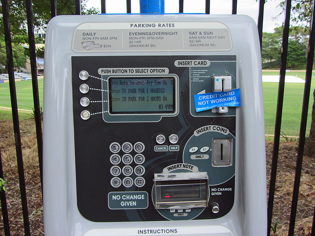 Talking parking meter