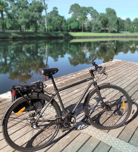 Nexus 3 speed bicycle by the maribyrnong river