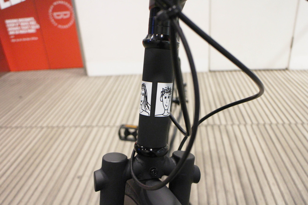 i am free logo on a bicycle