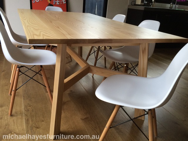 Flair table by Michael Hayes - Table, Diningtable, Handmade, Custommade, Furnituredesign, Furniture, Australiandesign, Interiordesign, Homewares