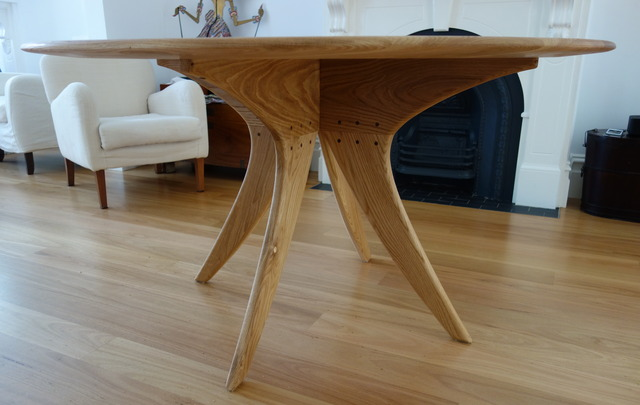 Sarah's Dinning Table by Nathaniel Grey - Round Dinning Table, American Oak, Tung Oil