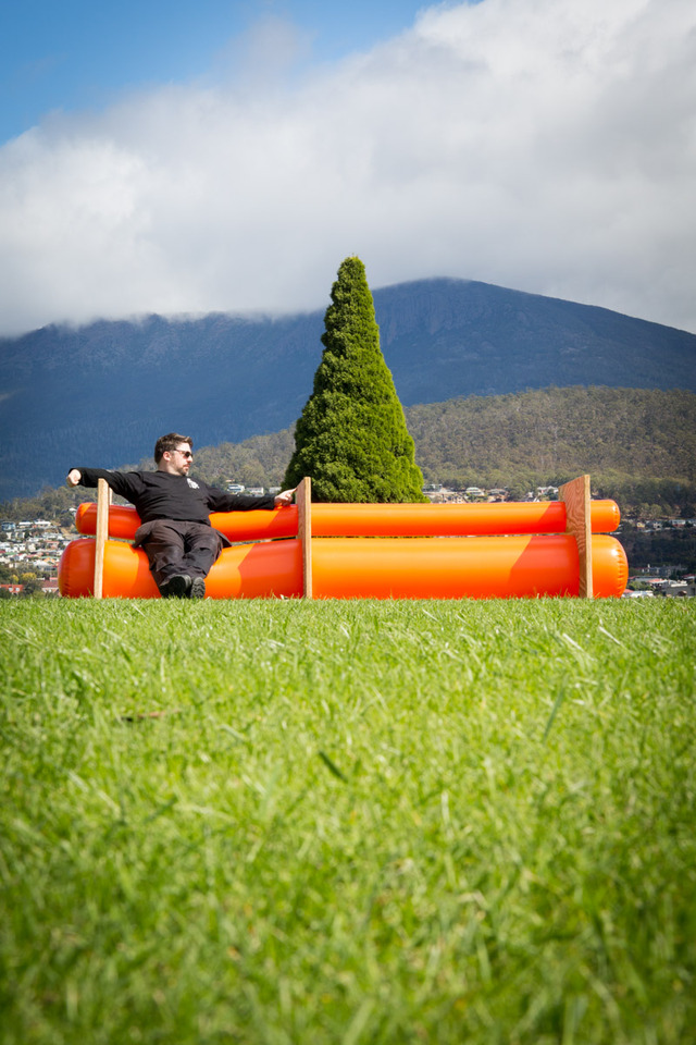The Goodfuntime Lounge by Guy Paramore - Seating, Inflatable, Flat Pack