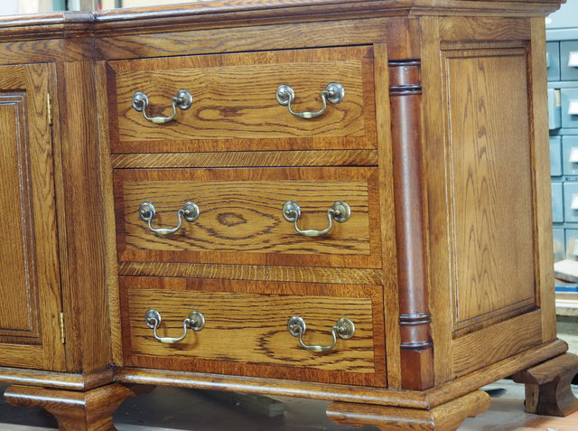 Entertainment Unit, TV / stereo cabinet made in American Oak by ...