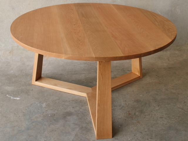 PURE dining table by RZID interiors - Round Dining Table, Solid Oak, Tripod Legs, Furniture Design