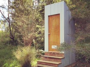 Freestanding Composting Toilet by Queen & Crawford - Outhouse, Toilet, Dunny, Shed