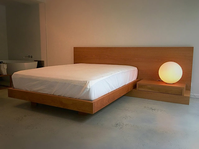 Oak Floating Bed by Aaron Pitt - Bed, Oak, Floating