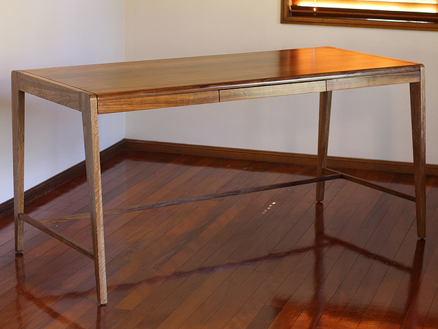 Hamilton desk by David Cummins - Desk, Contemporary, Minimalist, Sustainable, Bespoke
