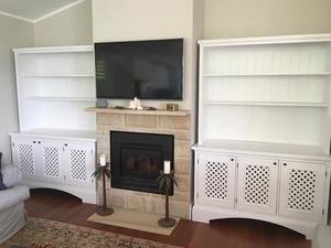 Hamptons Hutch by Andrew Smith - Hutch