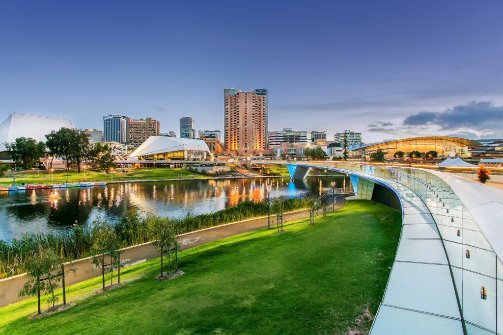 Pretty-Adelaide-torrens-12p